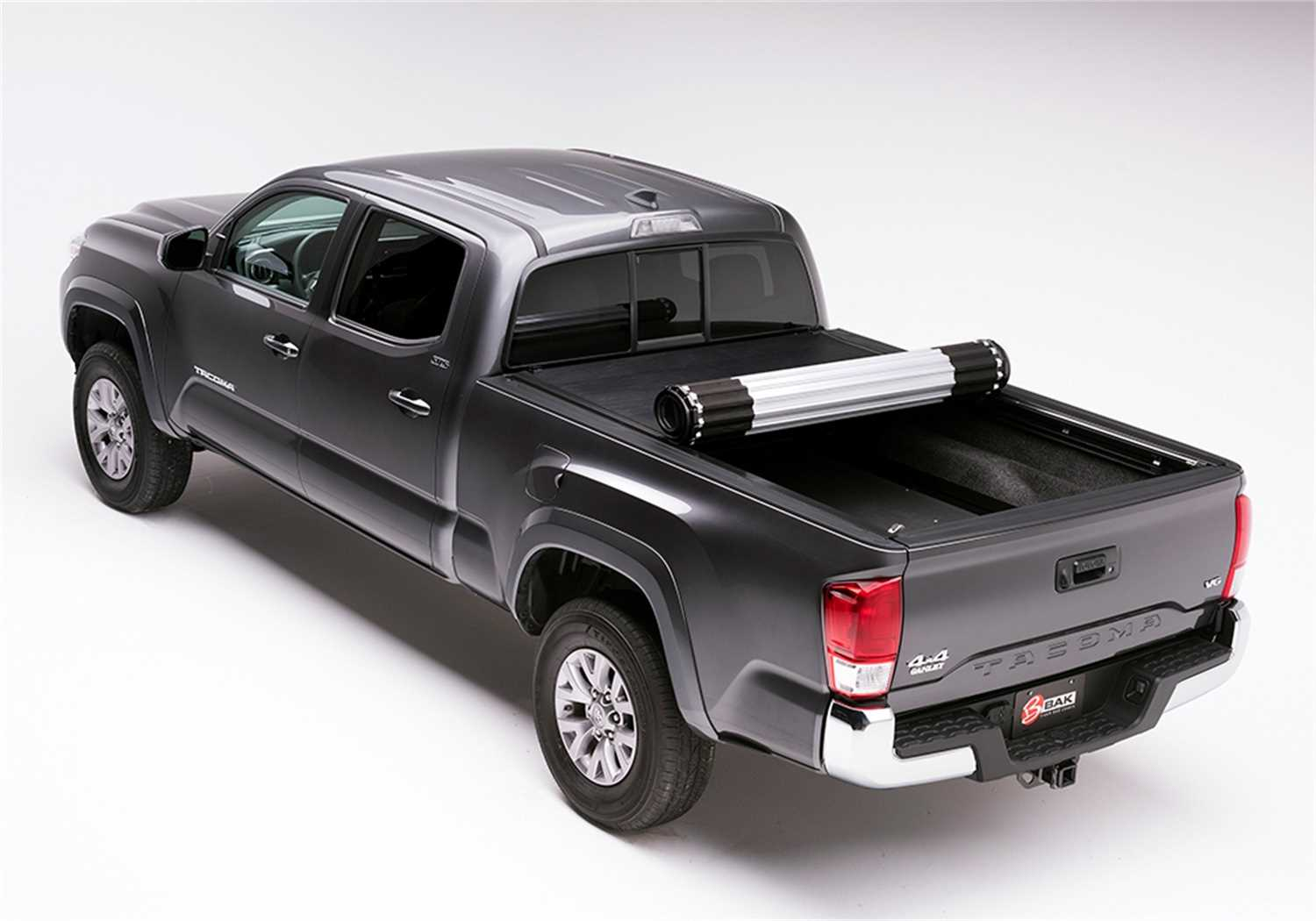 39426 Bak Industries Revolver X2 Hard Rolling Truck Bed Cover