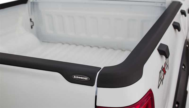 Ultimate SmoothBack™ Tailgate Cap 28512