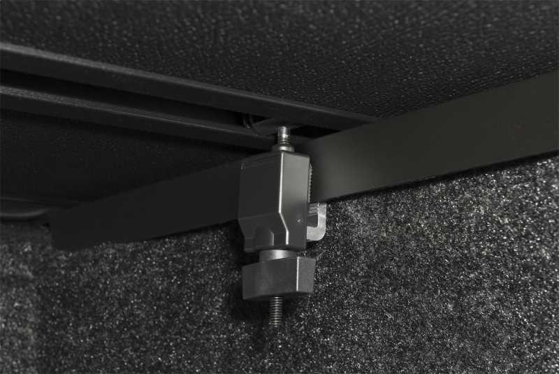 Solid Fold 2.0 Tonneau Cover 83940