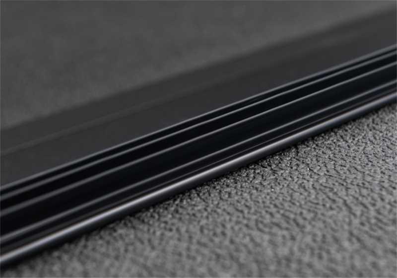 Solid Fold 2.0 Tonneau Cover 83428