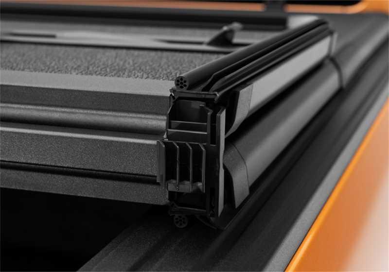 Solid Fold 2.0 Tonneau Cover 83638