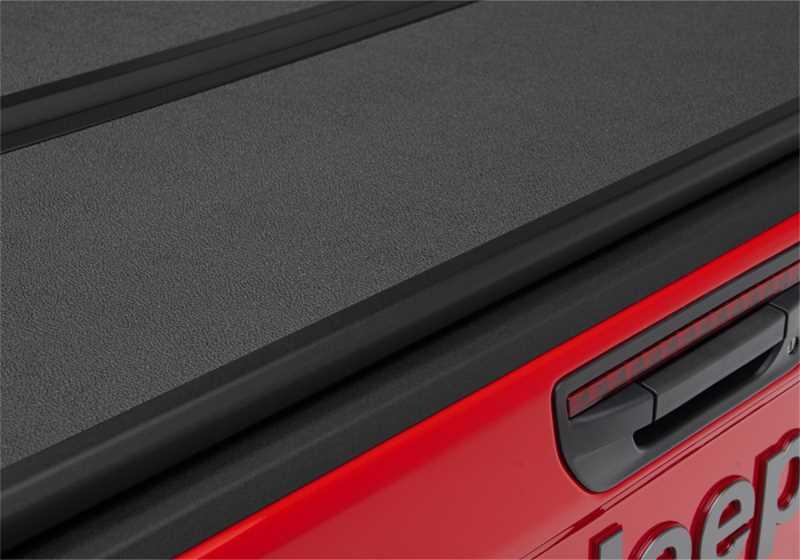 Solid Fold 2.0 Tonneau Cover 83896