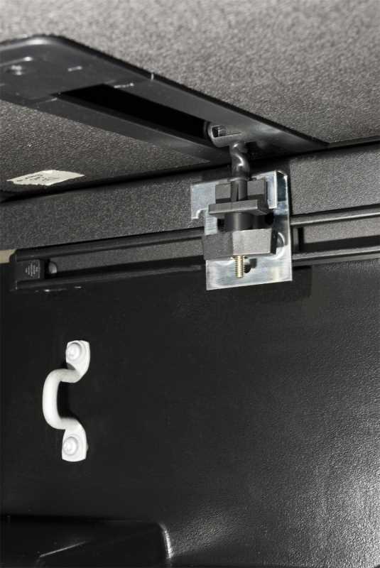 Solid Fold 2.0 Tonneau Cover 83471