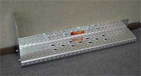 Owens Commercial Wheel To Wheel Running Boards Diamond w/o Stone Guard And w/Star Burst Grip
